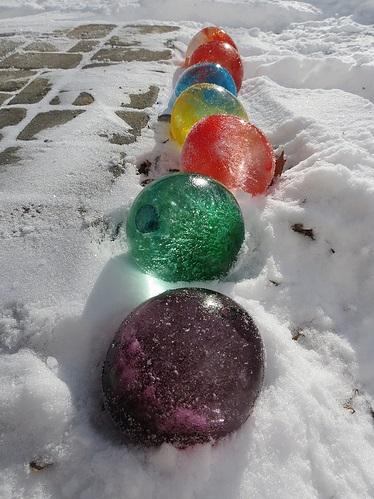 Adorable DIY Ice Balloons
