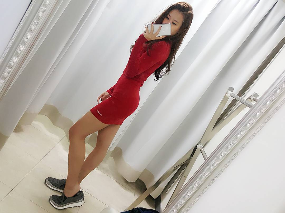 Amazing Red Full Sleeves Short Midi With Flat Shoes