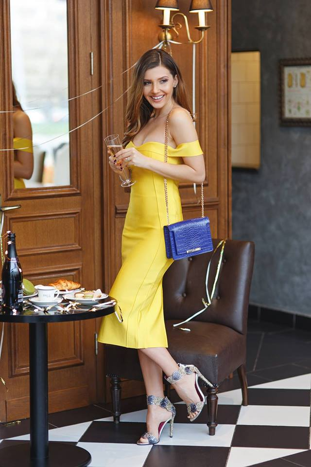Appealing Yellow Party Dress With Crossbody Bag