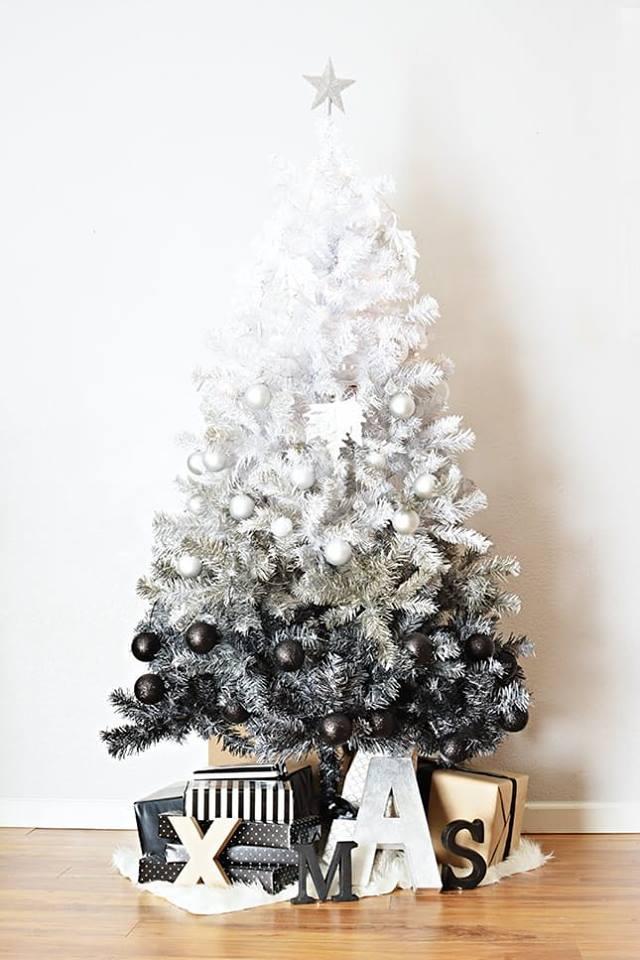 Beautiful White Decor With Black & White Ornaments