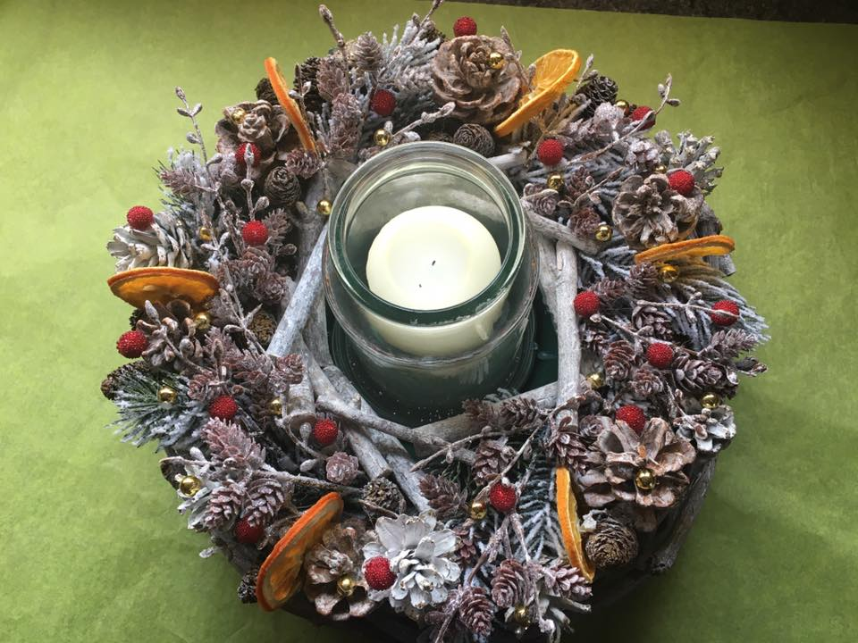 Charismatic Handmade Centrepiece With Candle