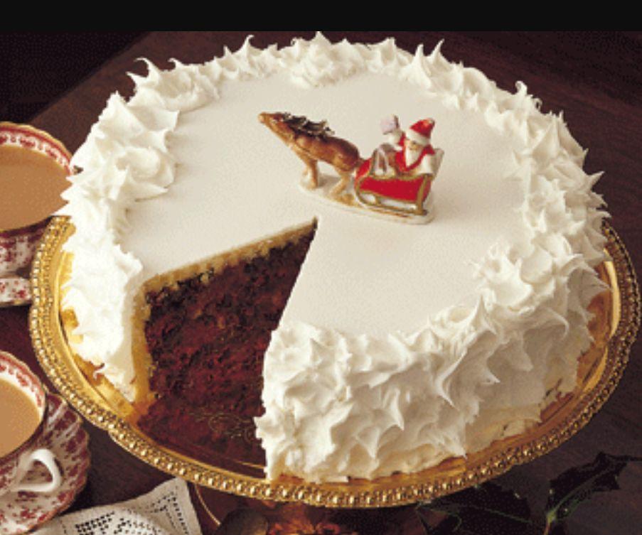 Charming Christmas Cake Design