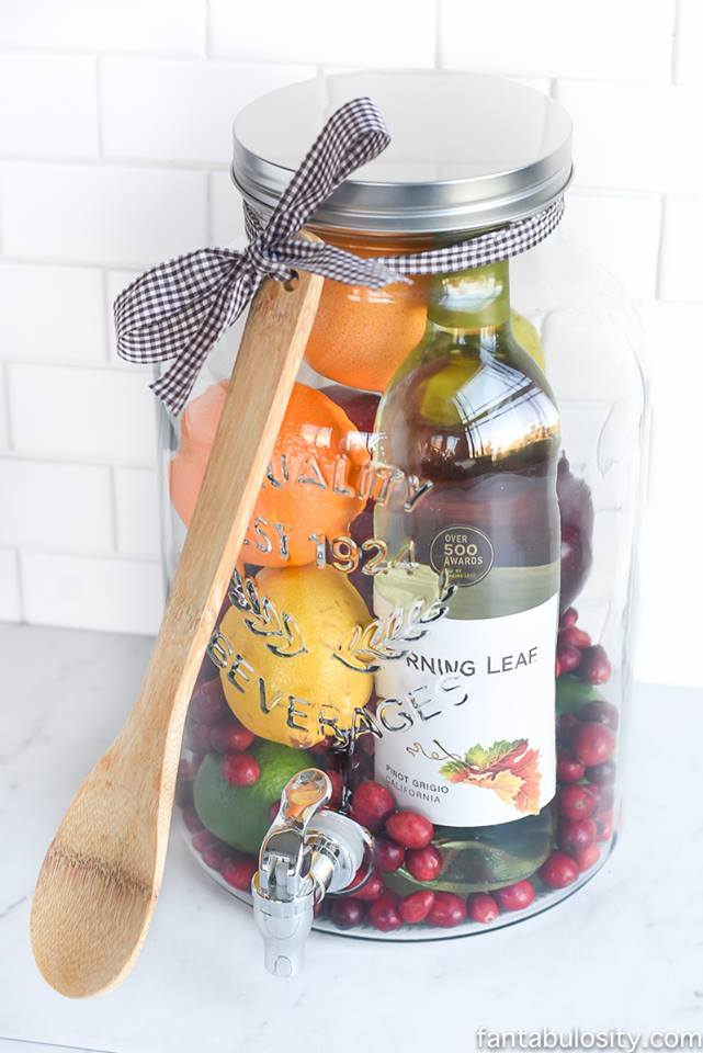 Charming DIY Sangria Jar For Friends