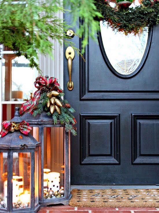 Chic Christmas Outdoor Decor Idea