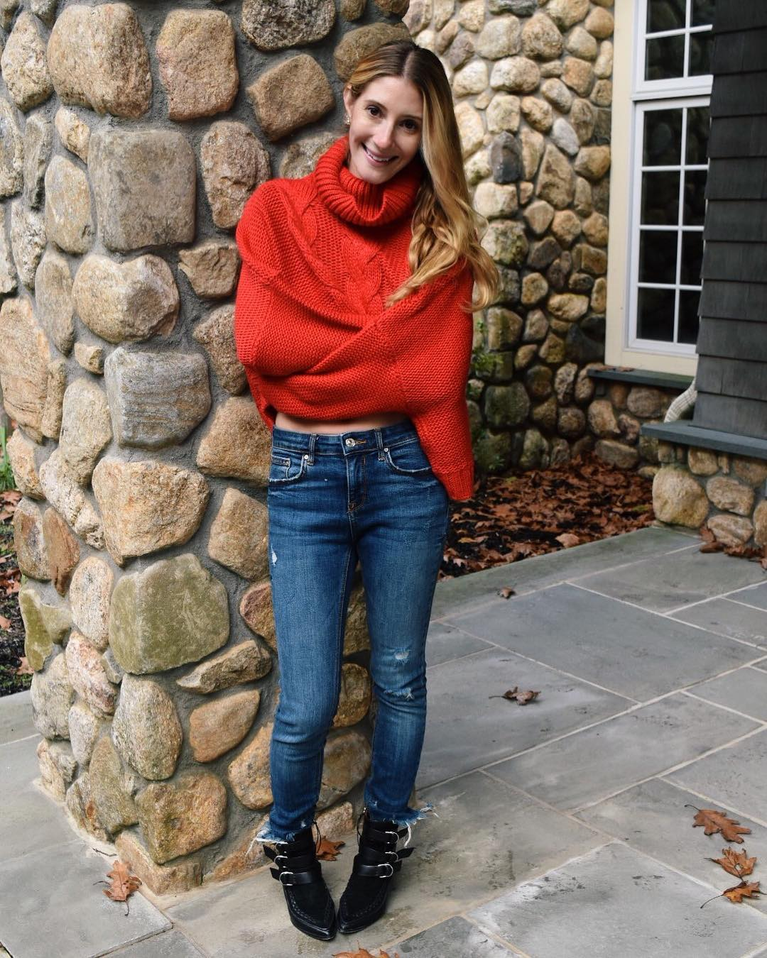 Chunky Red Knit Crop Sweater With Jeans