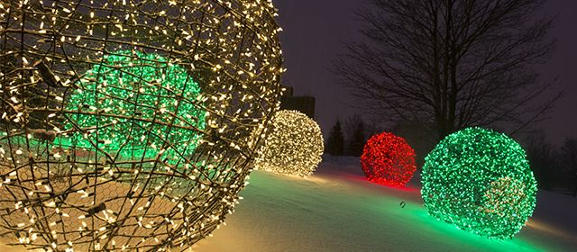 45 outdoor decor ideas for christmas party you could try yourself colorful christmas light balls mozeypictures Image collections