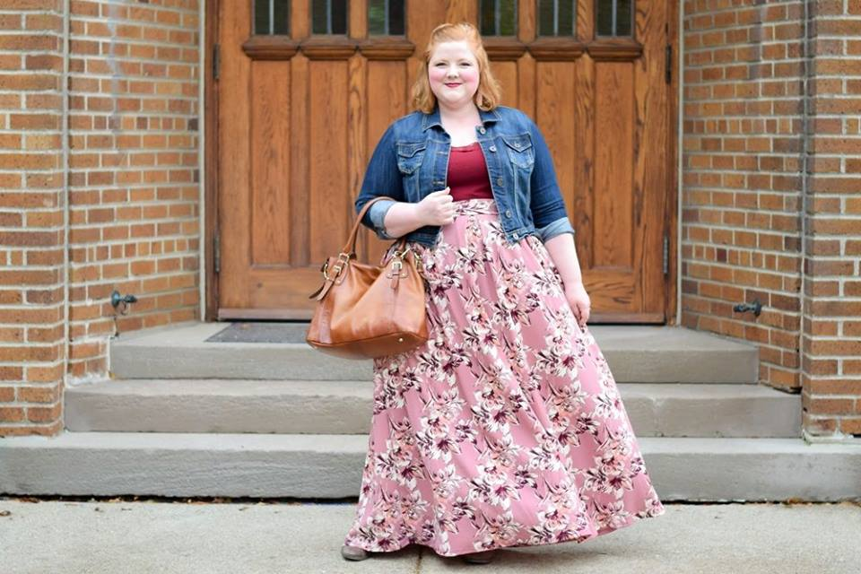 Comfortable Floral Skirt With Plane Top And Denim Jacket