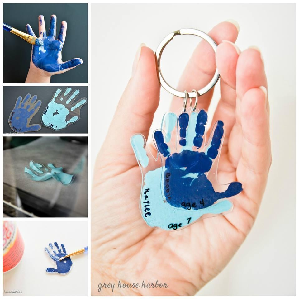 Cool DIY Handprint Keychain