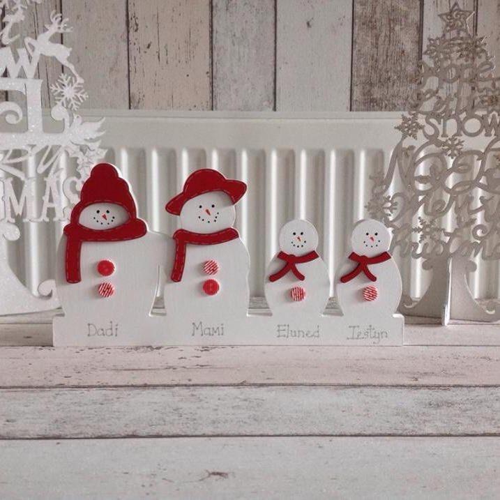 Creative Snowman Family