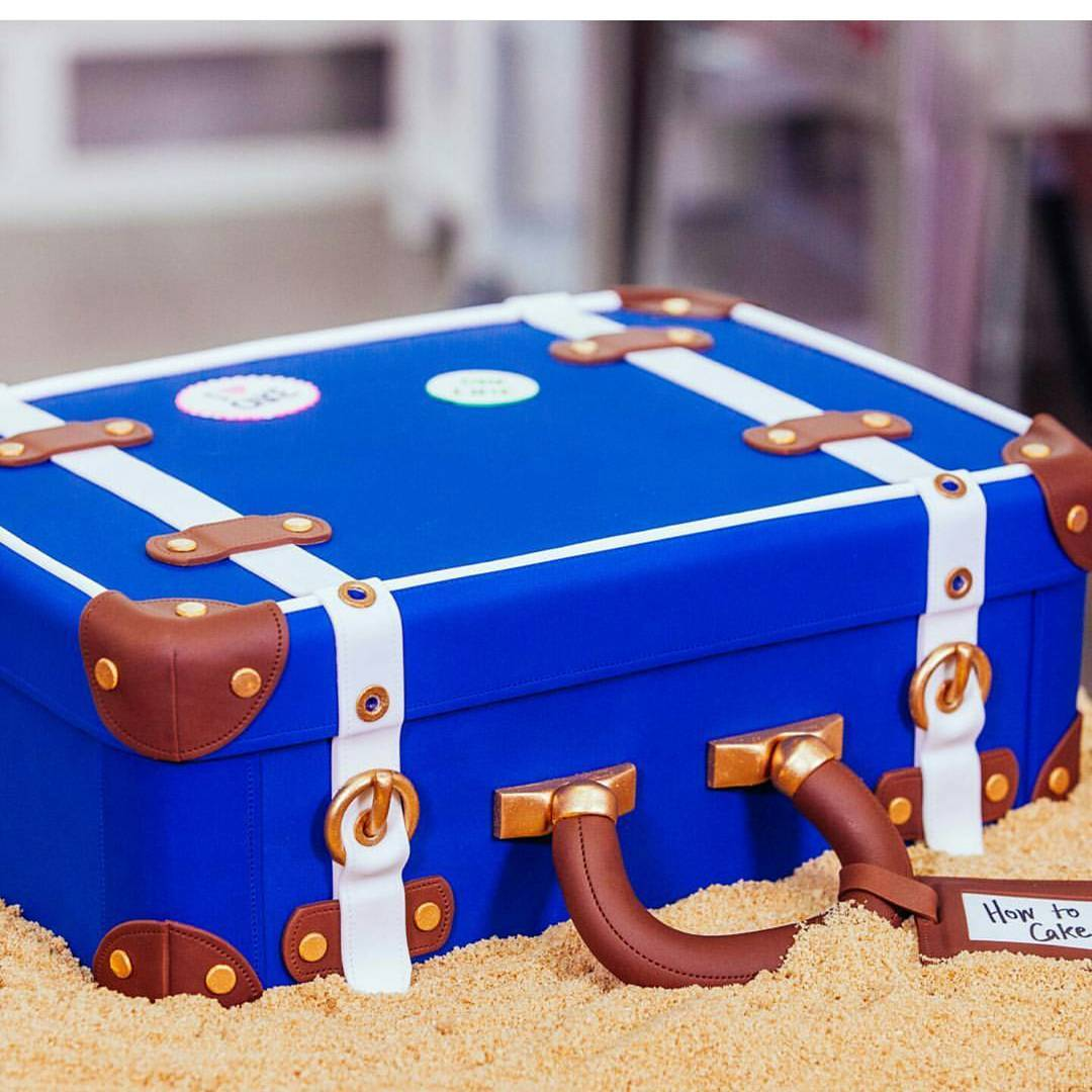 Creative Suitcase Cake Design For New Year