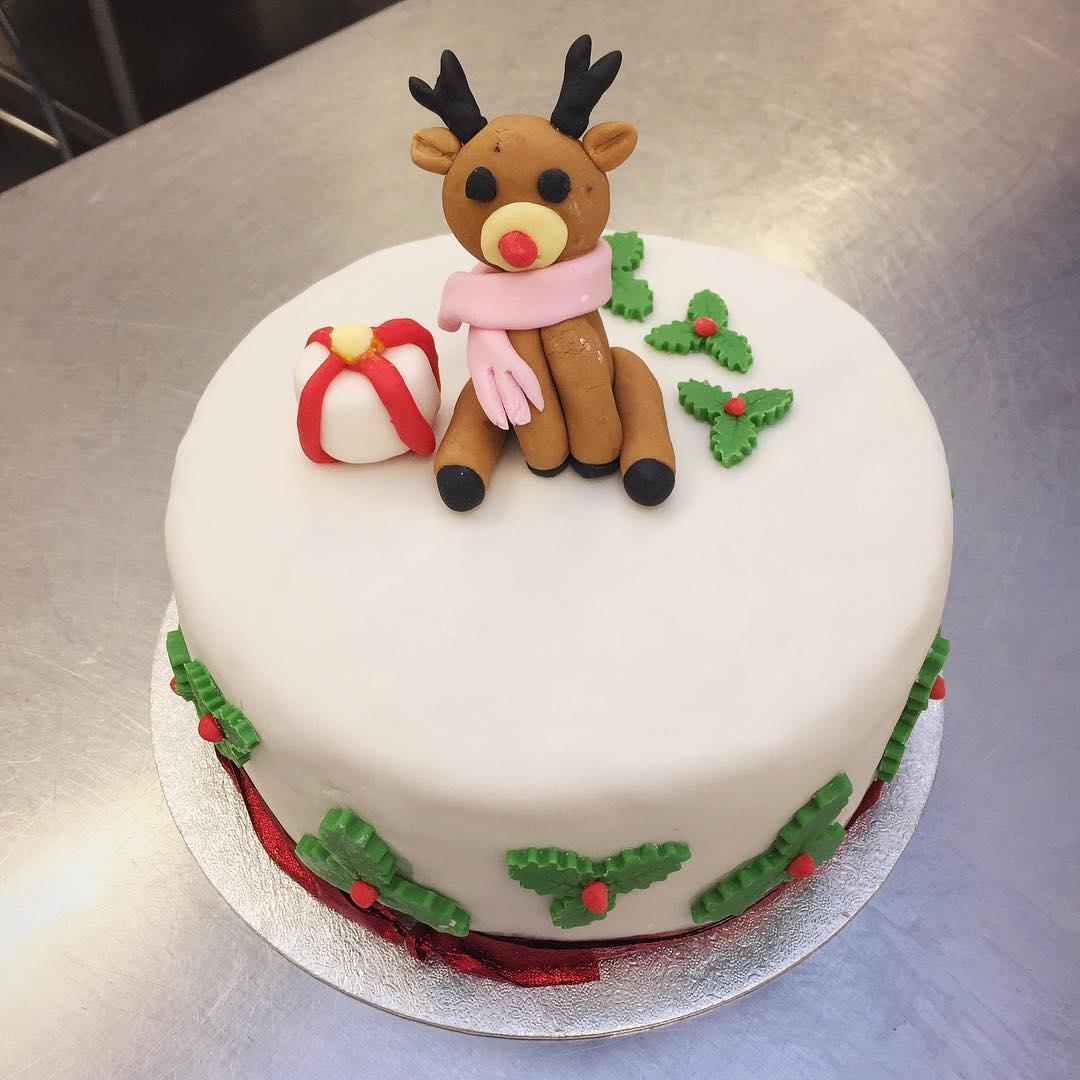 Exclusive Homemade Reindeer Cake