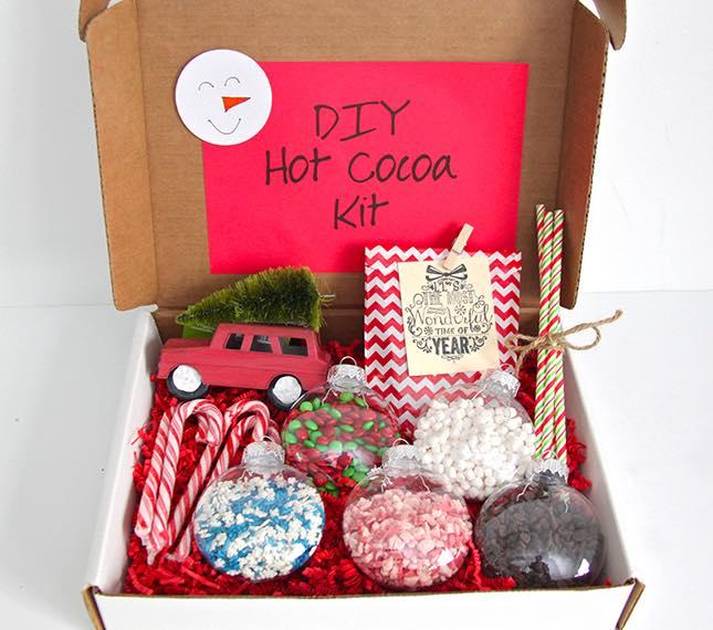 Fabulous Festive DIY Hot Cocoa Kit For Gift