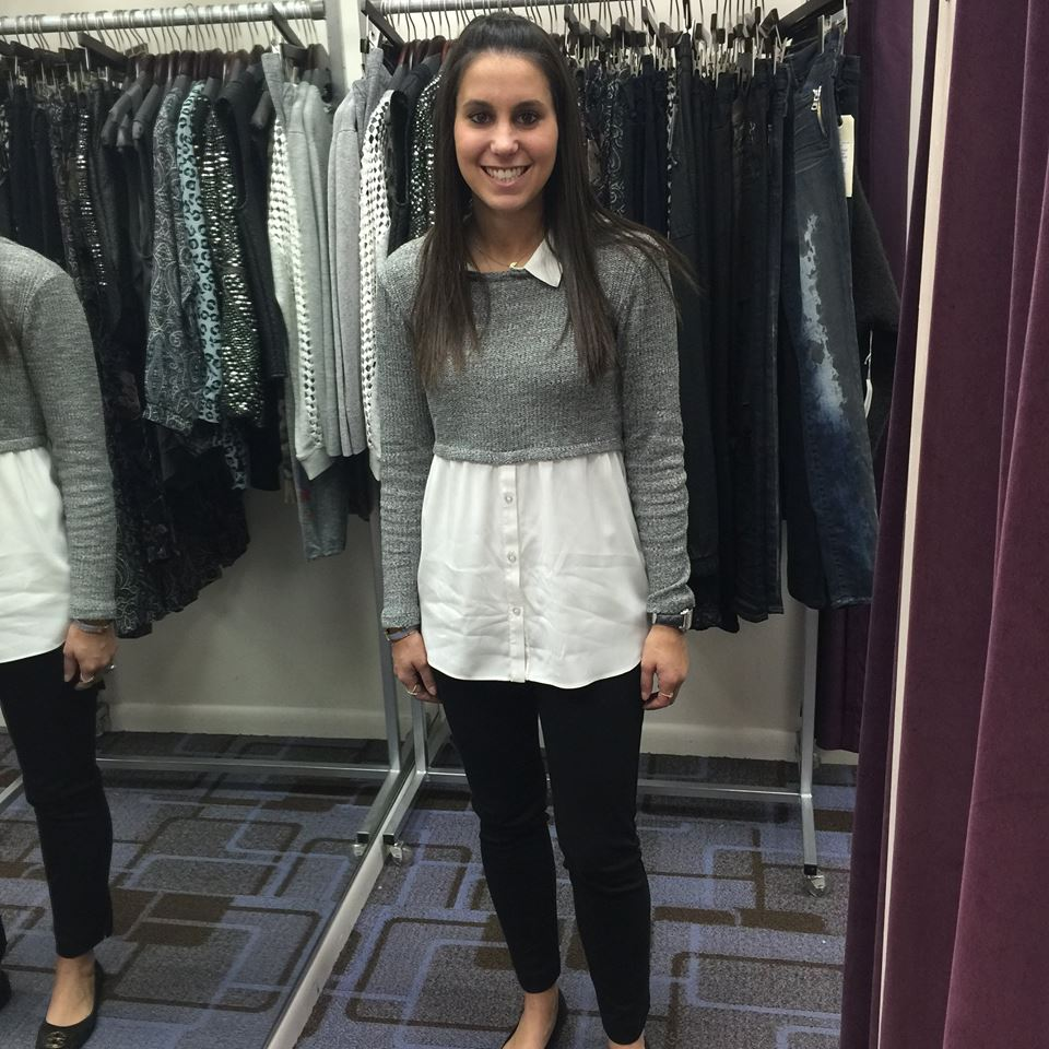 Fabulous Grey Short Sweater Paired With White Button down Shirt And Black Jeans
