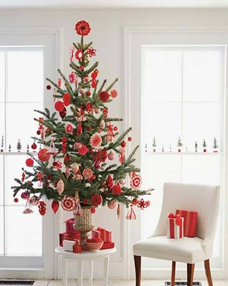 Glamorous Table Top Christmas Tree With Candy Annd Flowers