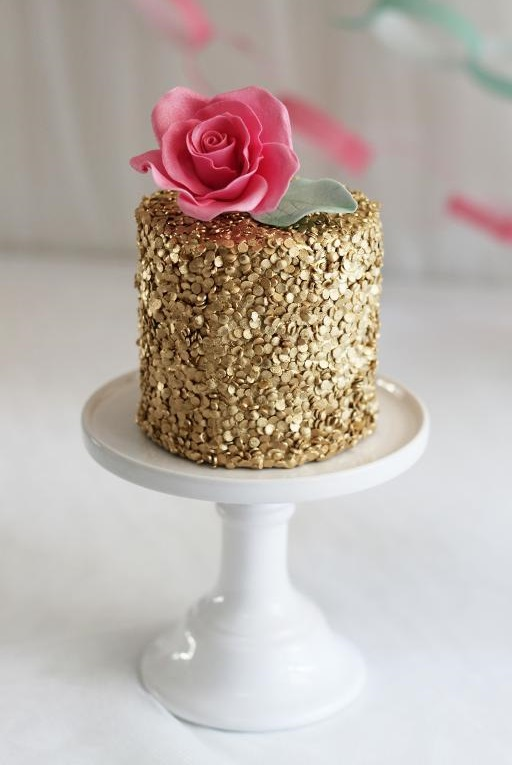Golden Shimmer Cake For New Year Eve Party