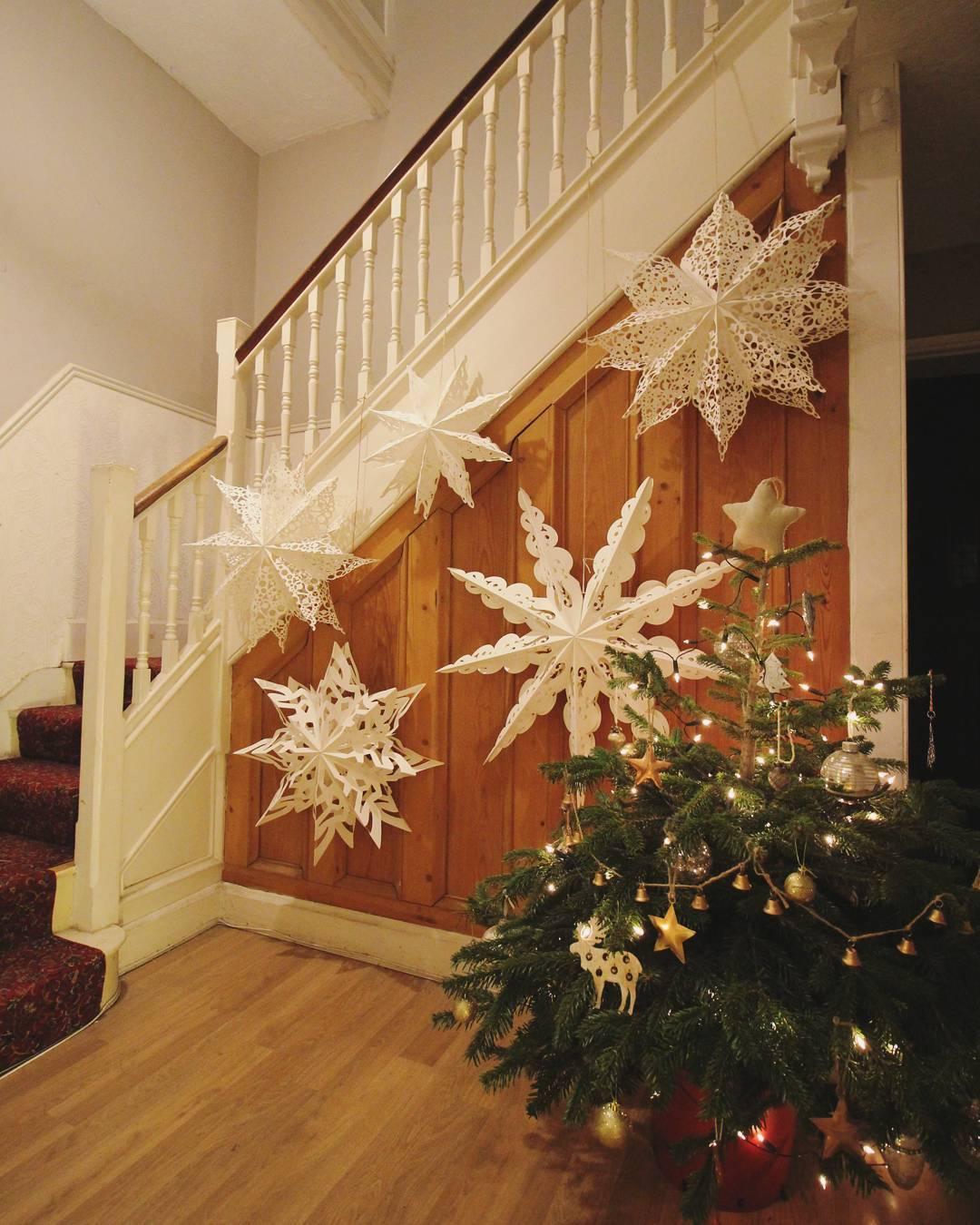 Graceful DIY Snowflakes