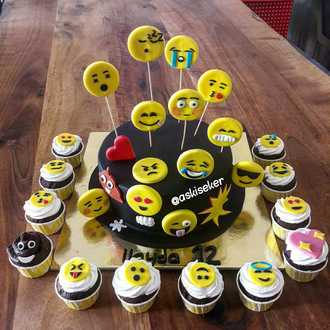 Great Smiles Cake Design Showing Different Mood