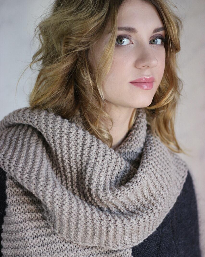 Long Woolen Scarf For Winters