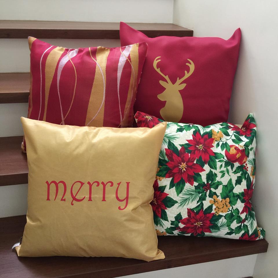 Merry Christmas Reindeer Throw Pillow Cases Set
