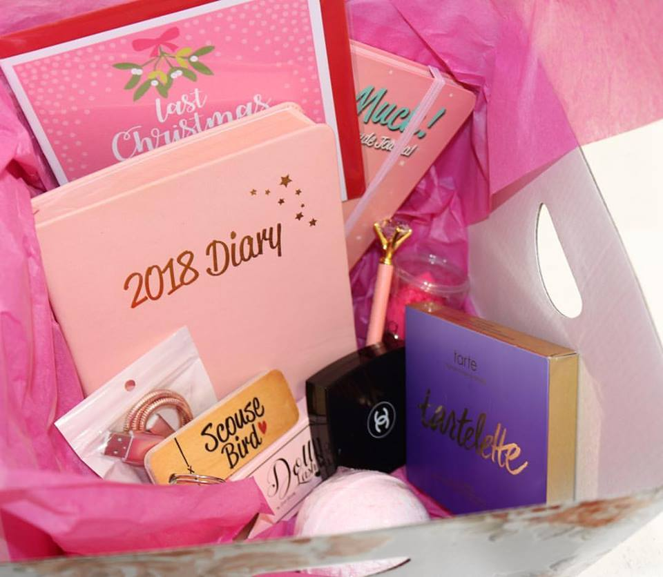Pretty Gift Box Idea For Christmas And New Year