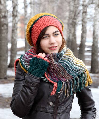 Sassy Colorful Pattern Crochet Woolen Scarf