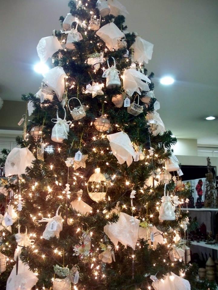 Stunning Christmas Tree Decor Idea