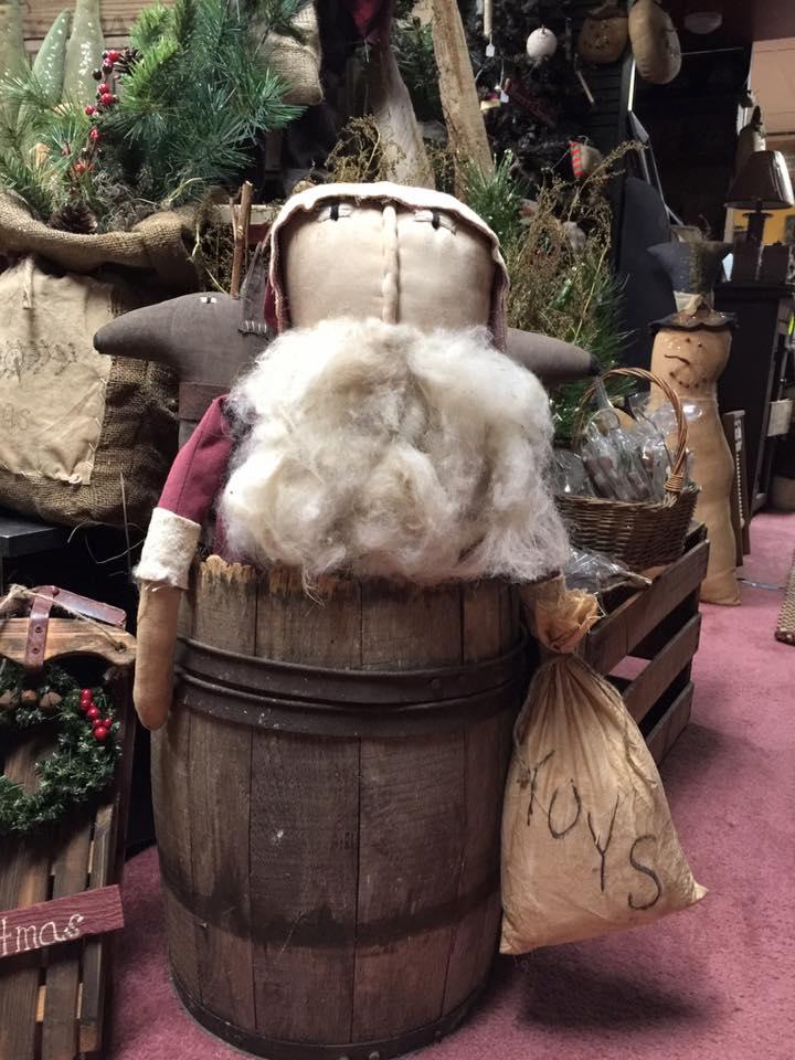 Traditional Christmas Decor Idea