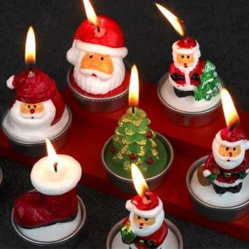Wonderful Christmas Tree And Santa Candles