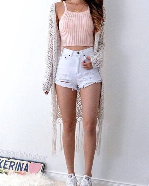 Baby Pink Spghetti Top, Cut Off Shorts, Shrug And Sneakers