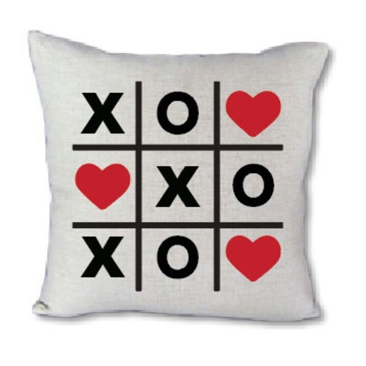 Beautiful Xoxo Love Pillow For Romantic Day