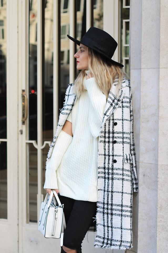 Black & White Outfit Perefct For Fall Or Winter