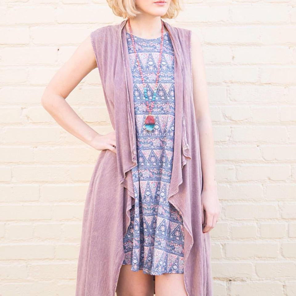 Casual Spring Boho Look With Beaded Necklace
