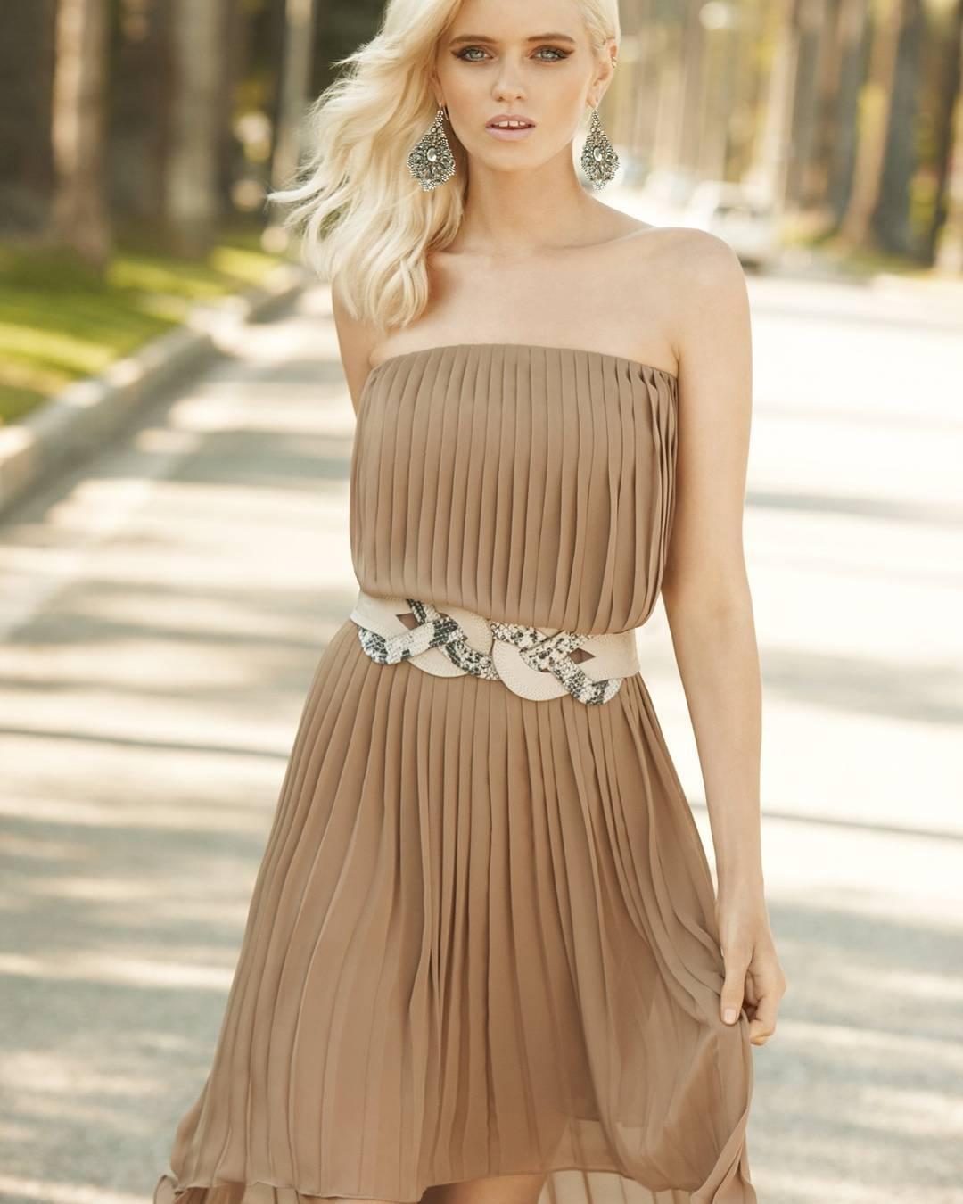 Charismatic Off Shoulder Summer Party Dress