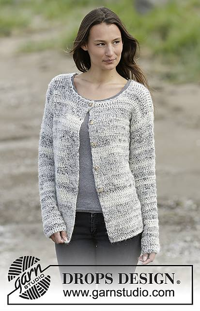 Chic Cloud Cardigan With Grey T-Shirt And Jeans