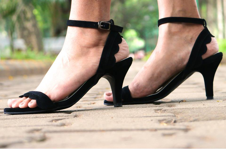 Cool Black Kitten Heels