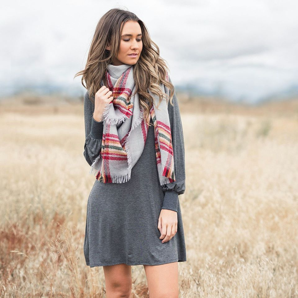 Cool Turtle Neck Grey Dress With Plaid Scarf