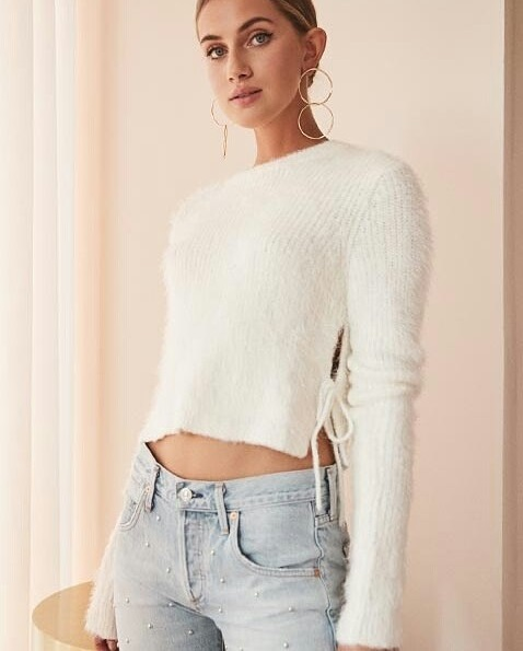 Crop Sweater With Stylish Jeans