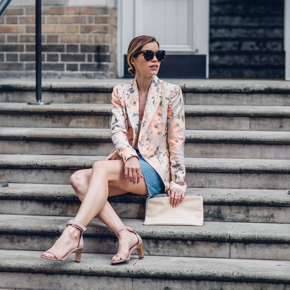Dashing Floral Blazer With Denim Shorts