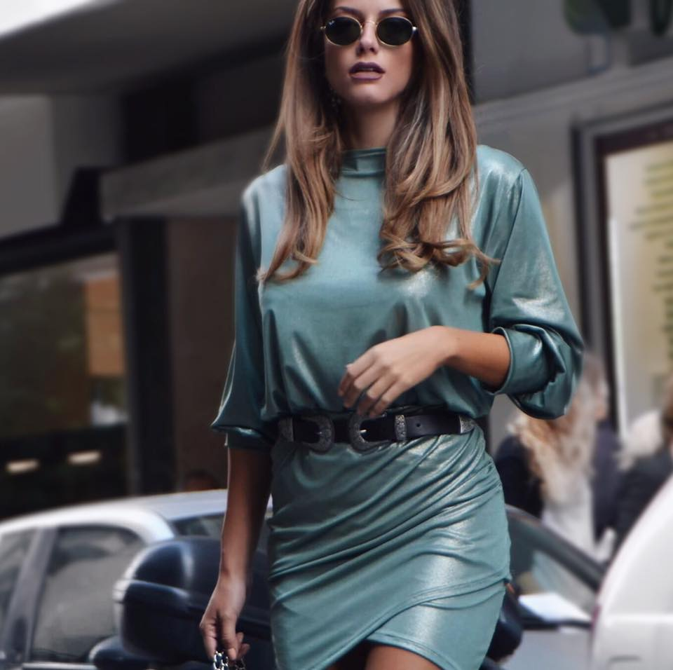 Dashing Metallic Green Leather Outfit With Black Waist Belt