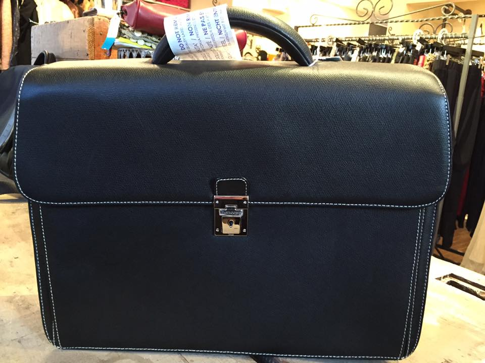 Exclusive Idea To Gift Briefcase