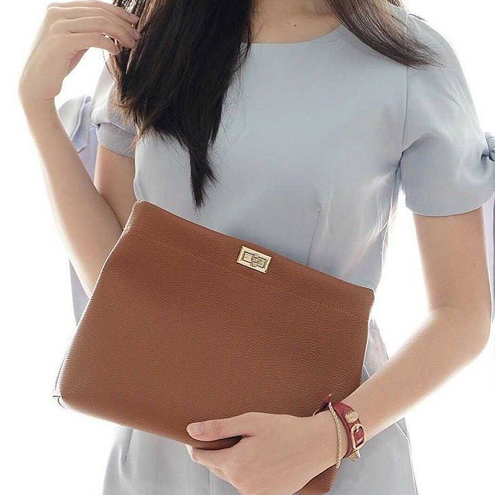 Exquisite Leather Clutch Bag
