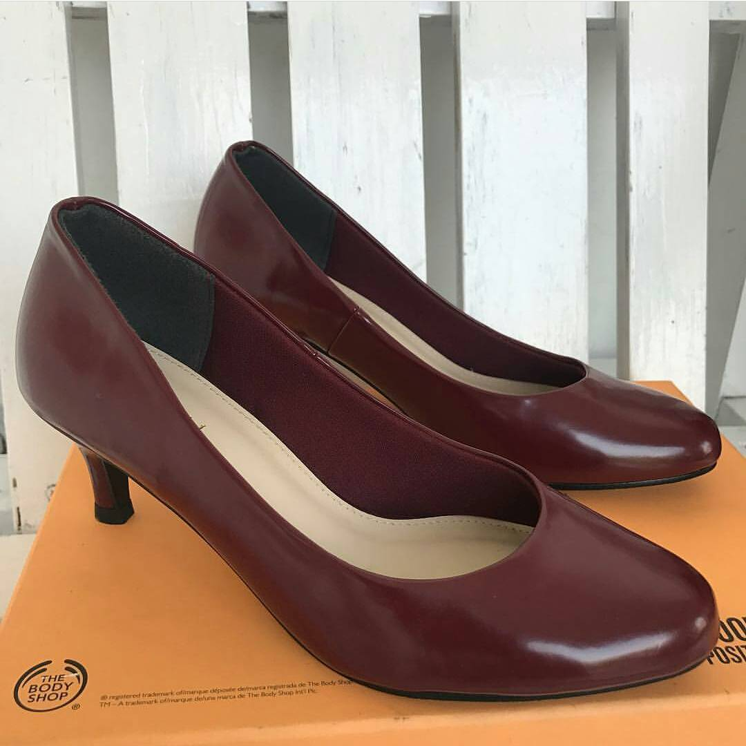 Exquisite Round Toe Brown Heels