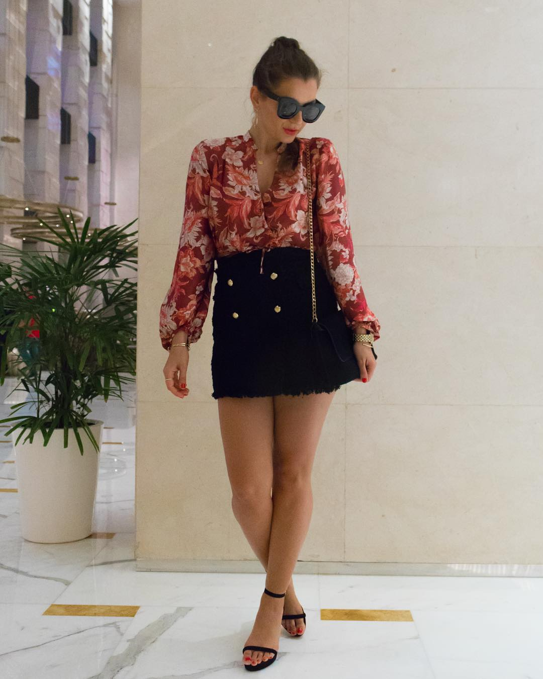 Eye-Catching Floral Top With Short Skirt