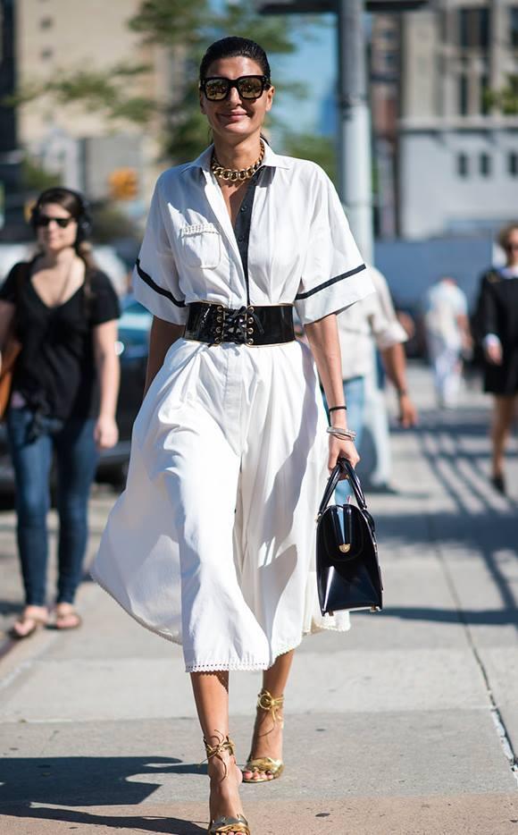 Glamorous White Dress With Handbag