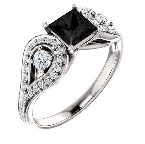 Gorgeous Engagement Ring Of Black Diamond