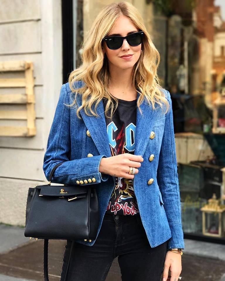 Impressive Black T-Shirt, Jeans And Blue Denim Jacket