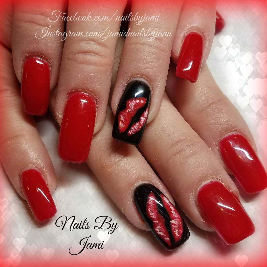 Lips Nail Art Design Blurmark