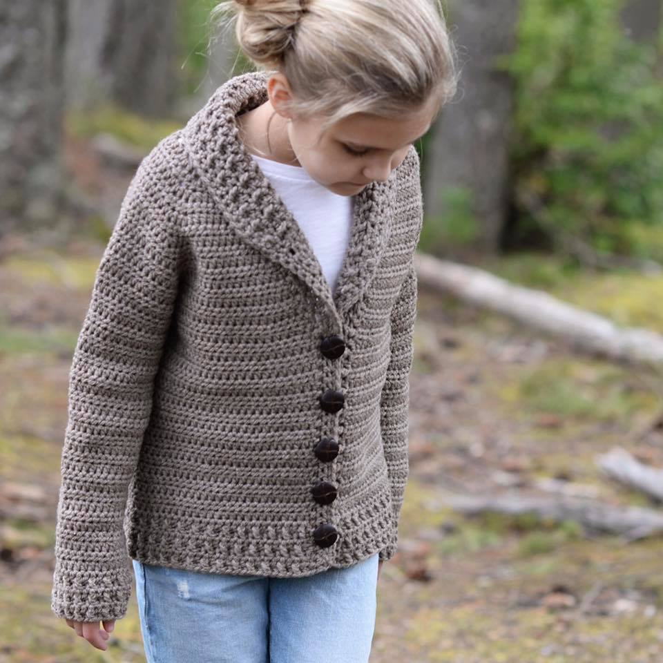 Lovely Shawl Collar Pattern Crochet Cardigan For This Winter