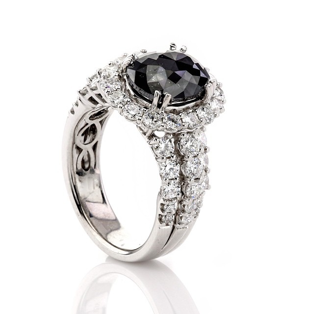 Marvelous Black Diamond Ring Design For Engagement