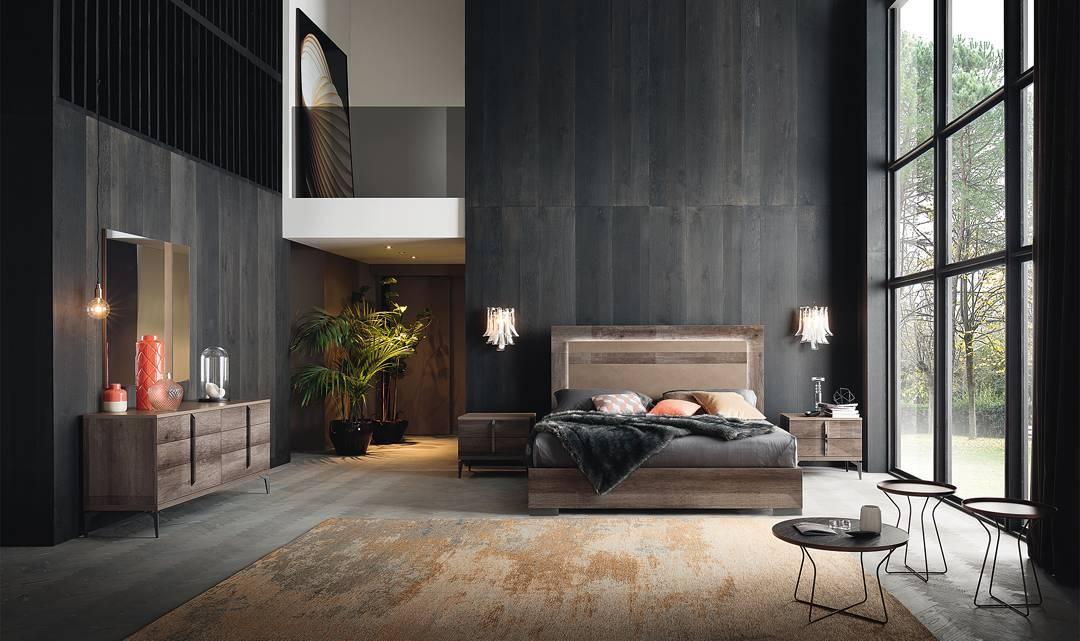 Pallet Platform Bed With Black Wooden Interior
